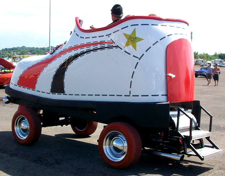Syracuse Nationals - A Giant Roller Skate